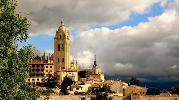 La Catedral vista desde el Alcázar