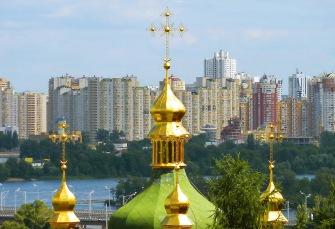 Convento Vydubytsky - Cruces con la media luna