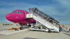 Avión de WizzAir a su llegada