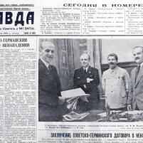 24 de agosto de 1939. Periódico PRAVDA. Noticia de la Firma del Tratado de No Agresión germano-soviético del día 23.